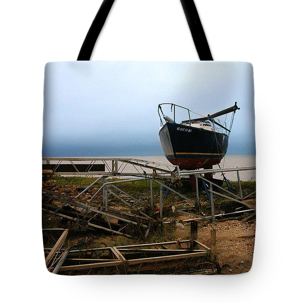 Clay Tote Bag featuring the photograph Ghost by Clayton Bruster