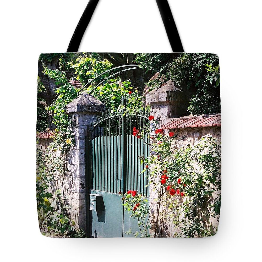 Giverny Tote Bag featuring the photograph Giverny Gate by Nadine Rippelmeyer