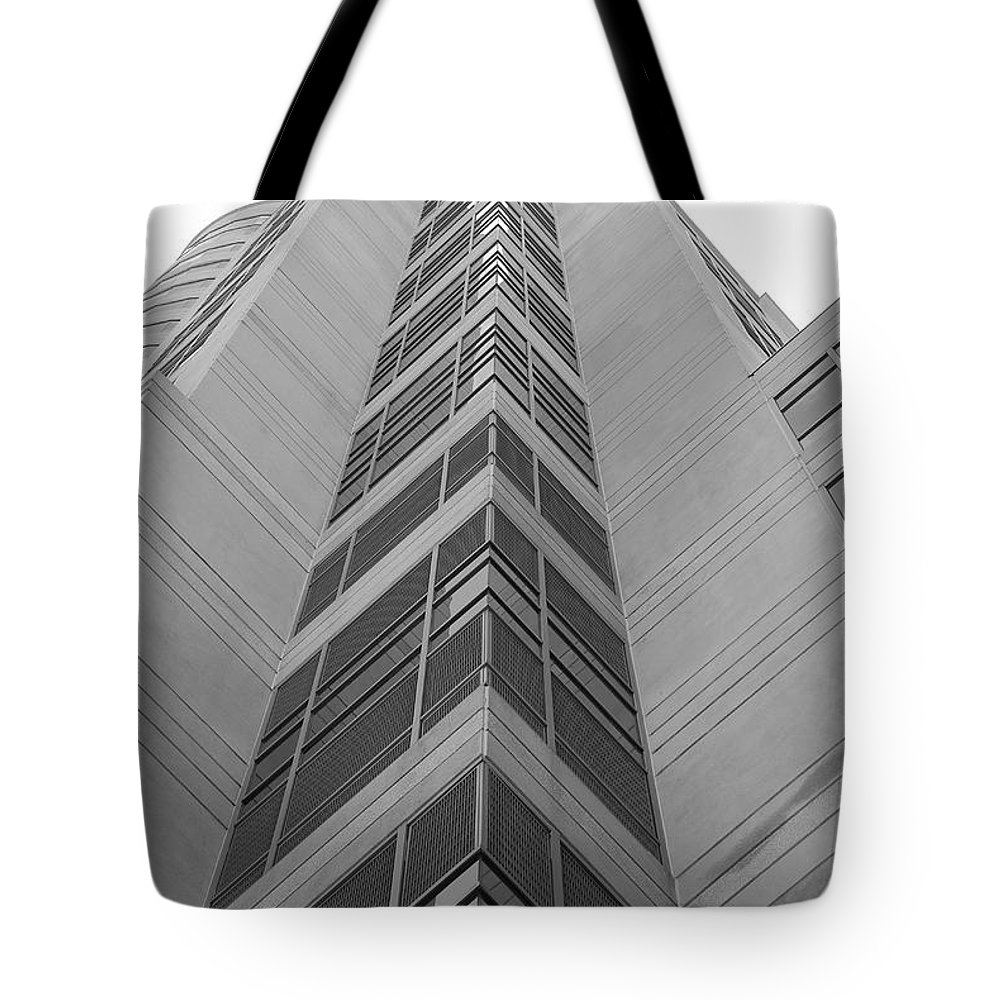 Architecture Tote Bag featuring the photograph Glass Tower by Rob Hans