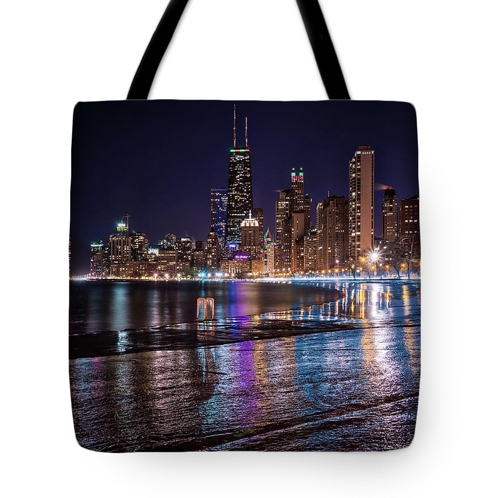 Chicago Tote Bag featuring the photograph Glassy Ice by Raf Winterpacht