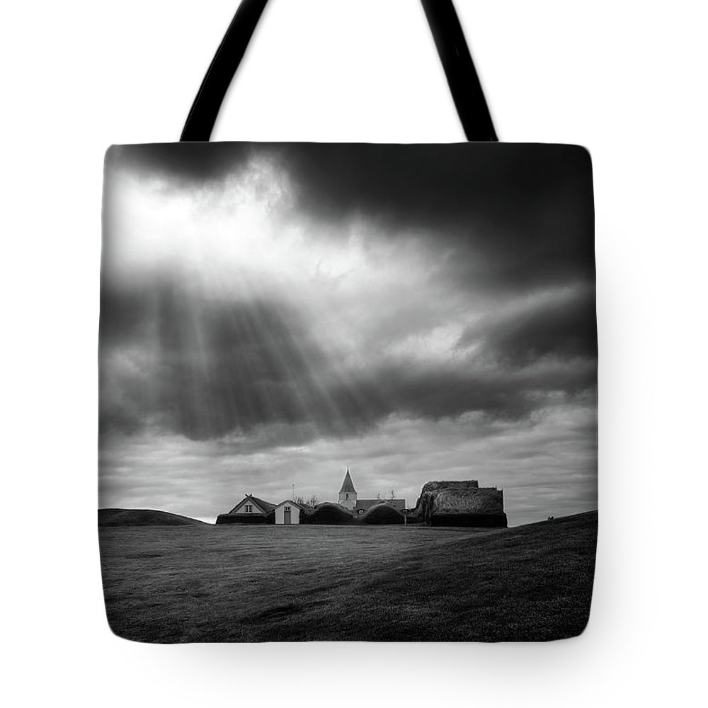Glaumbaer Tote Bag featuring the photograph Glaumbaer by Tor-Ivar Naess