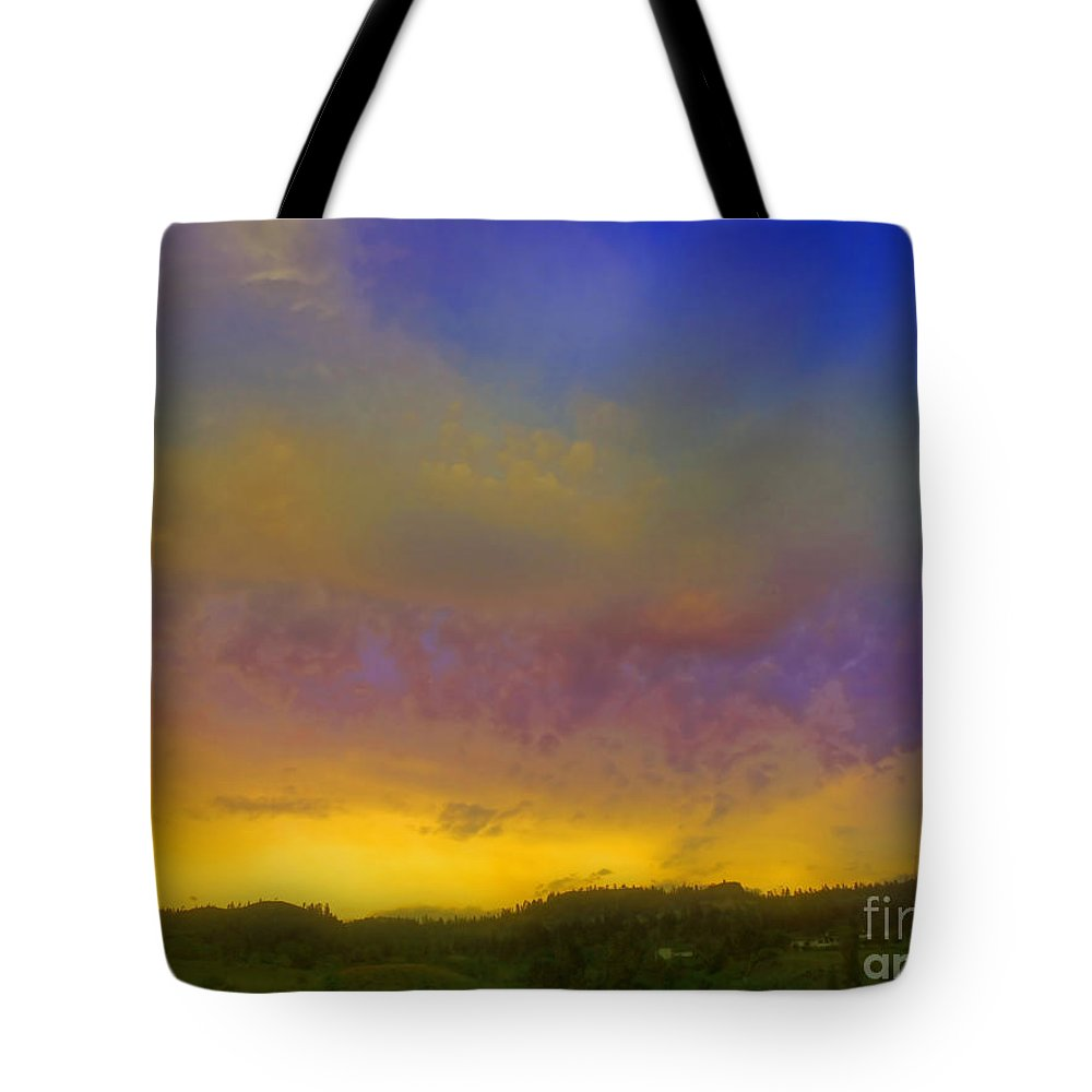 Sunset Tote Bag featuring the photograph Glorious Skies by Tara Turner