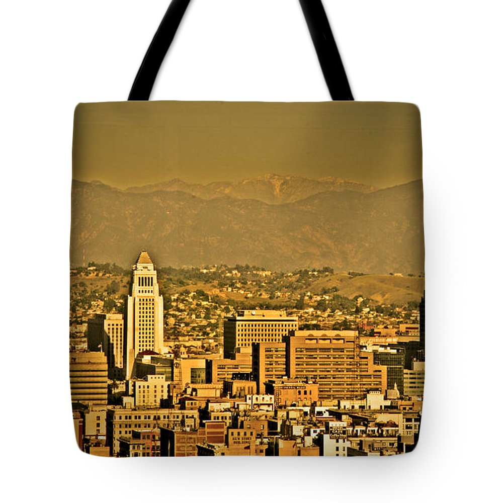 Los Angeles City Hall Tote Bag featuring the photograph Golden City Hall La by Chris Brannen