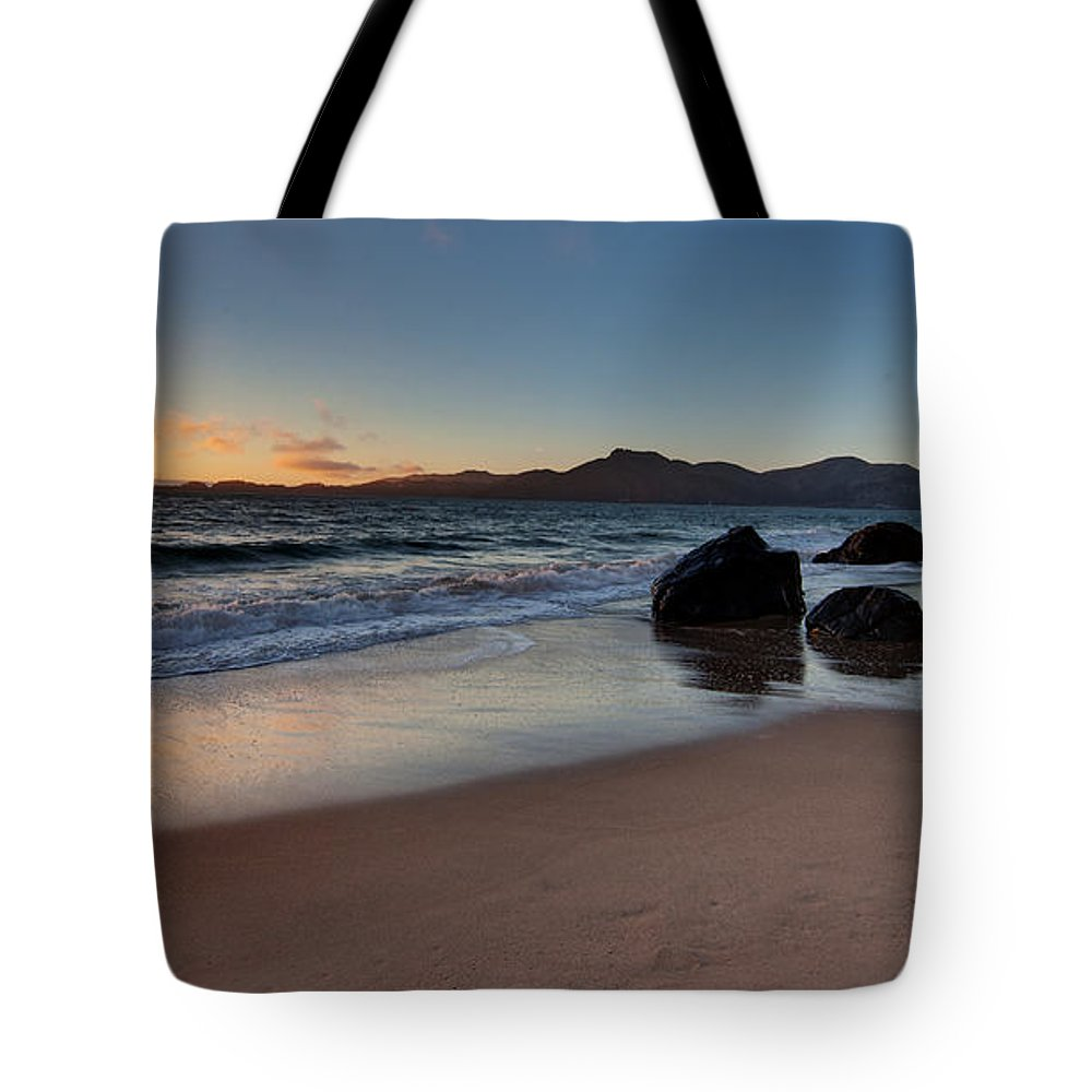 Golden Gate Tote Bag featuring the photograph Golden Gate Sunset by Mike Reid