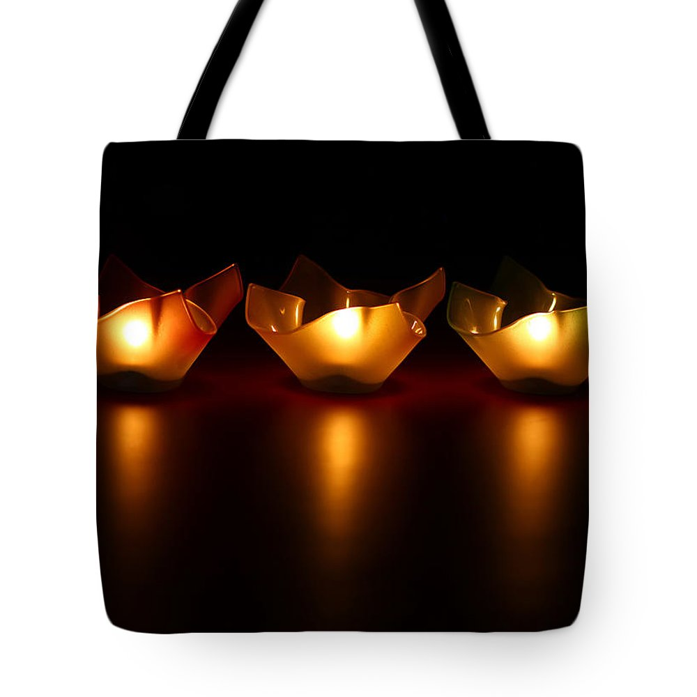 Blur Tote Bag featuring the photograph Golden Glow by Evelina Kremsdorf