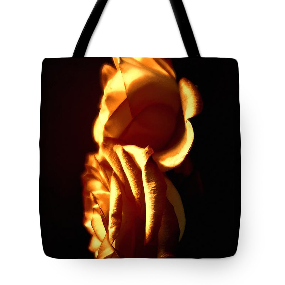 Floral Tote Bag featuring the photograph Golden Roses 4 by Tara Shalton