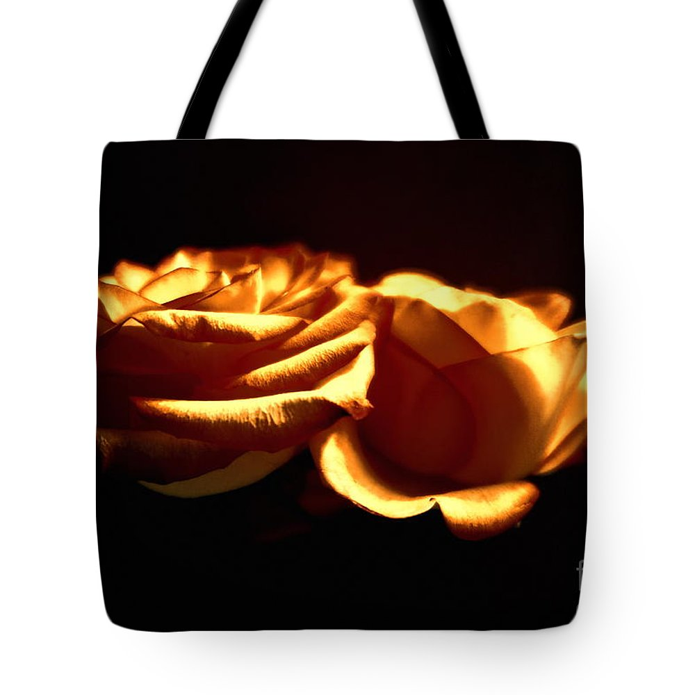 Floral Tote Bag featuring the photograph Golden Roses 5 by Tara Shalton