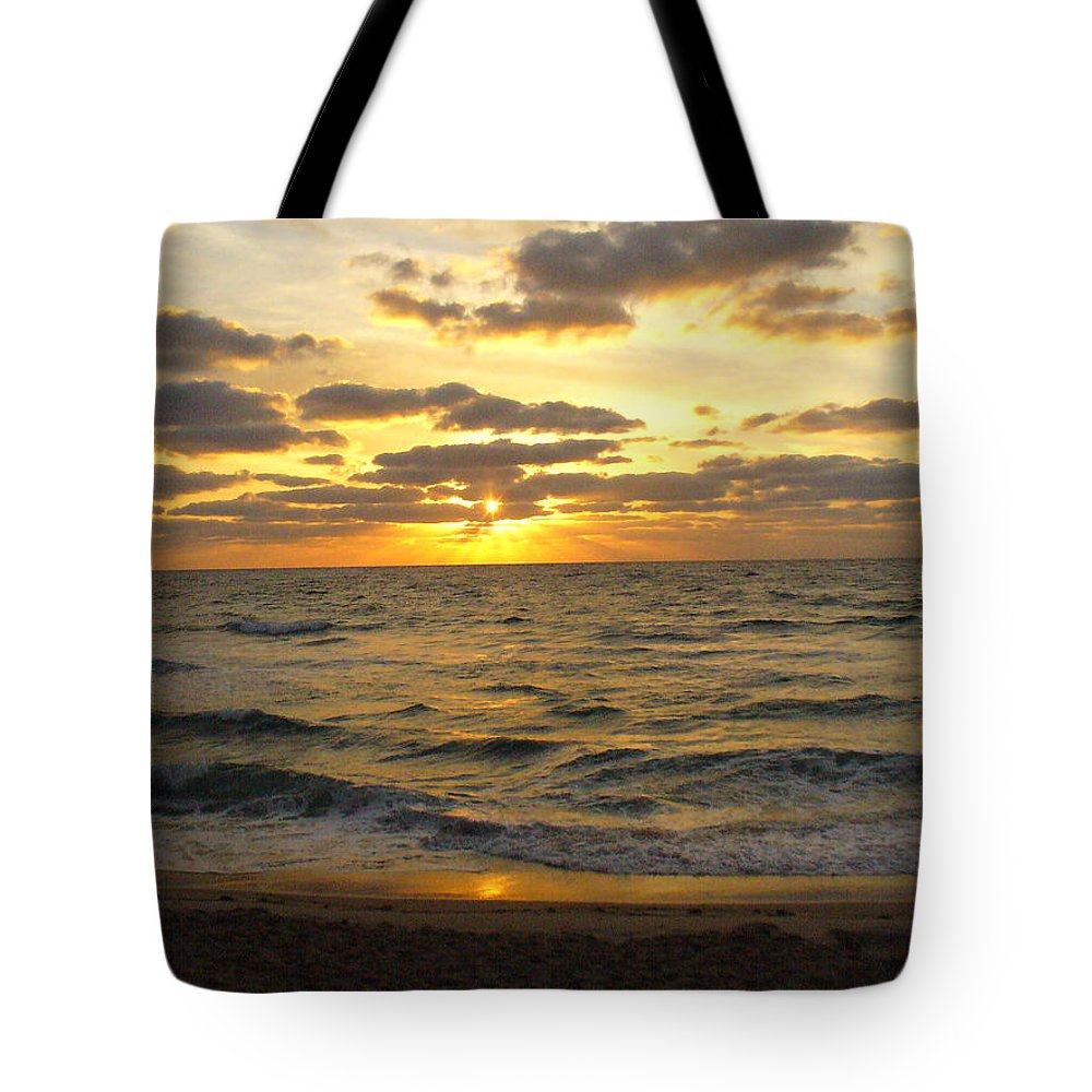 Seahsore Tote Bag featuring the photograph Golden Sunrise by Peggy King