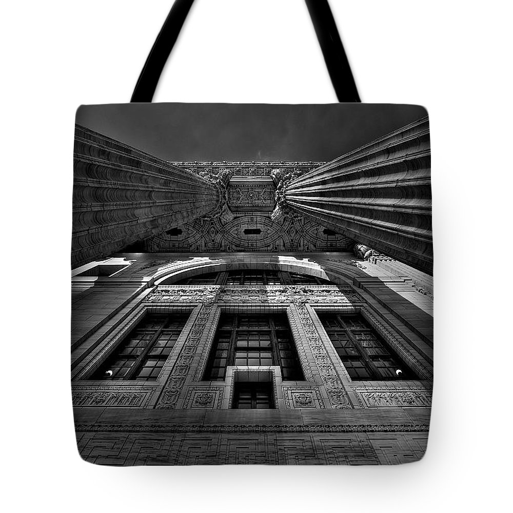 Albany Tote Bag featuring the photograph Gotham by Neil Shapiro