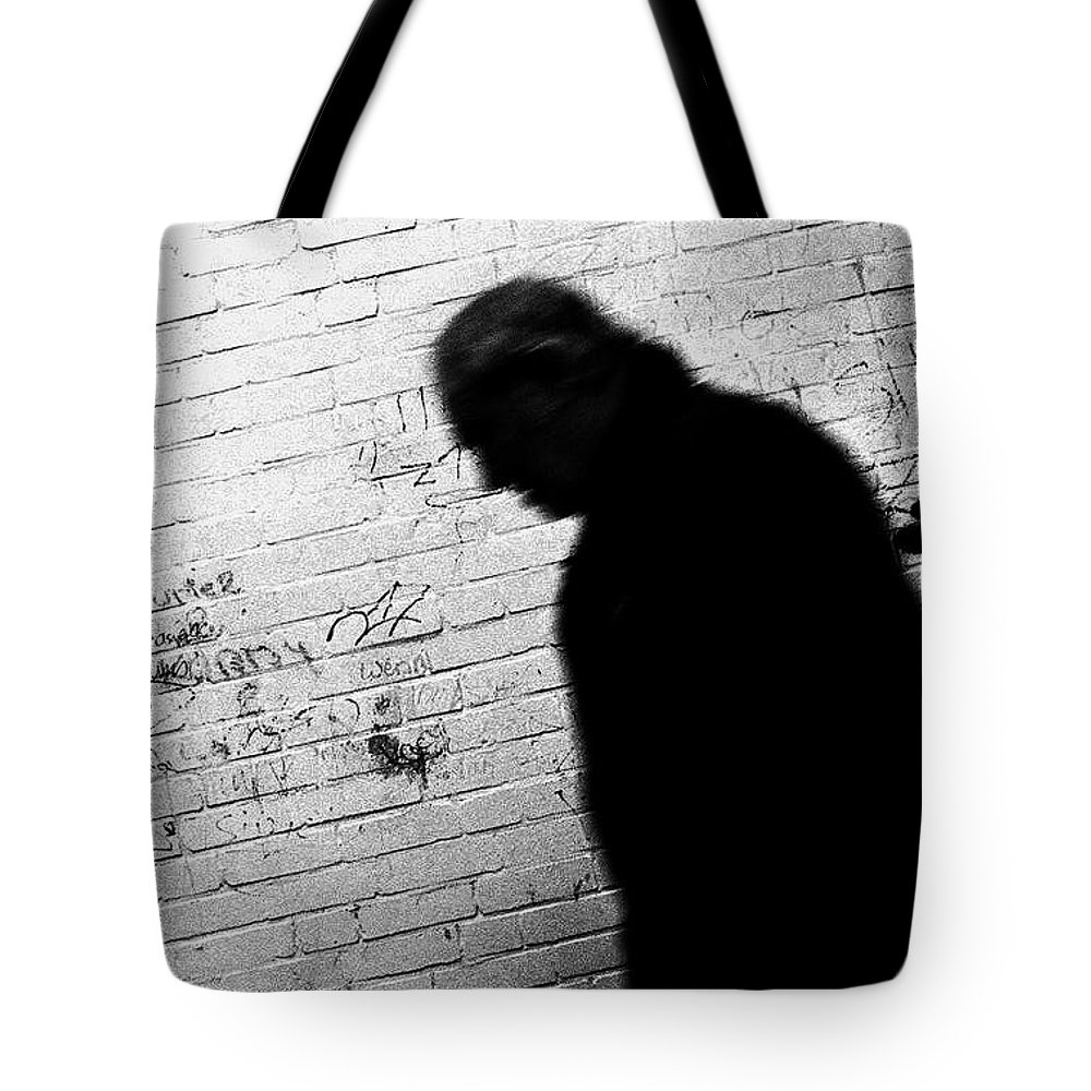 Grafitti Tote Bag featuring the photograph Grafitti by Heinz Baade