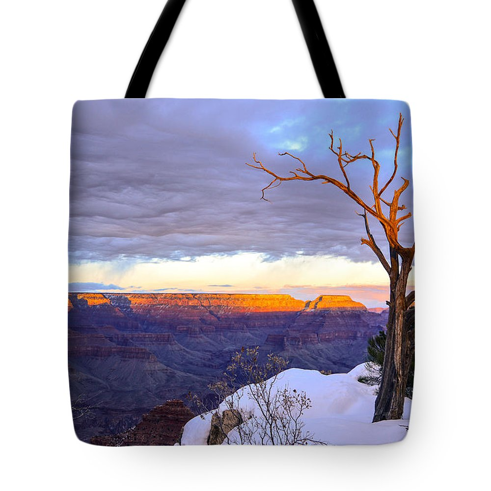 Grand Tote Bag featuring the photograph Grand Canyon Sunset by Mauverneen Blevins