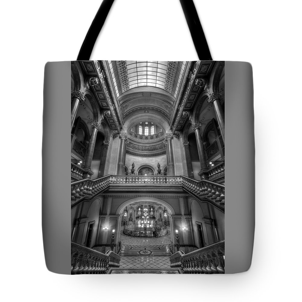 Illinois Tote Bag featuring the photograph Grand Staircase Illinois State Capitol B W by Steve Gadomski