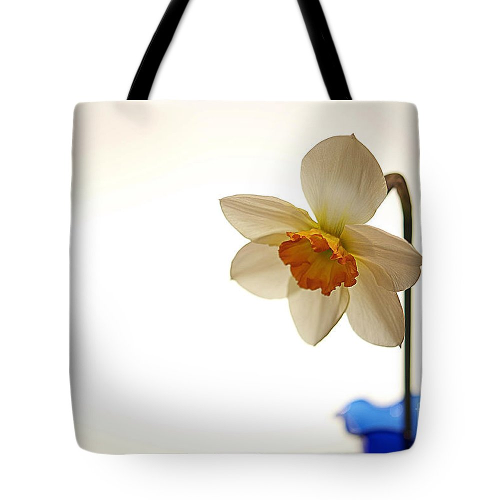 Daffodil Tote Bag featuring the photograph Grandmother's Vase by Lois Bryan