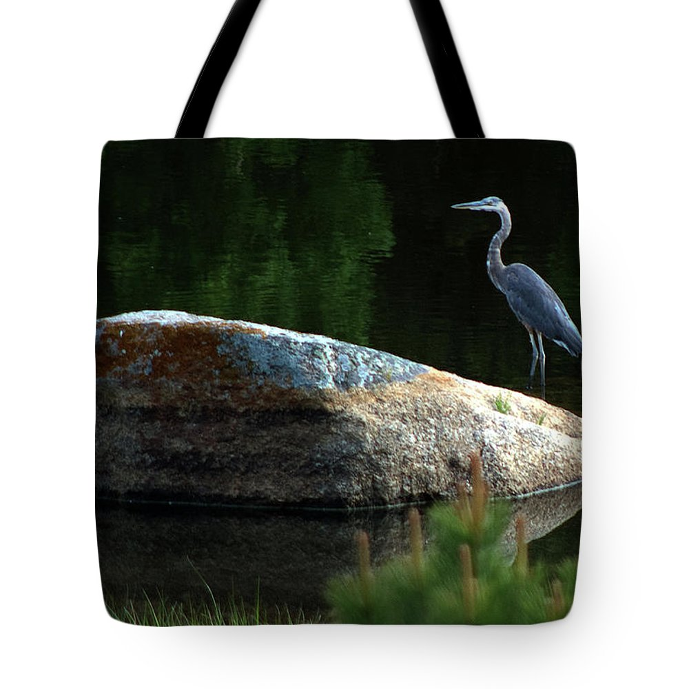 Heron Tote Bag featuring the photograph Great Blue Heron by Mark Ivins
