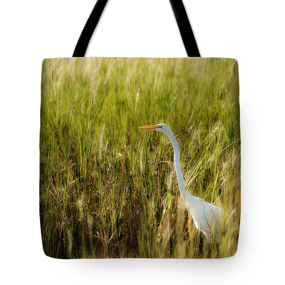 Ardea Alba Tote Bag featuring the photograph Great Egret In The Morning Dew by Rich Leighton