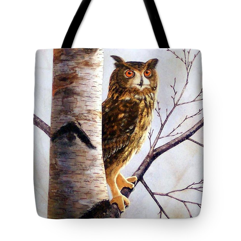 Great Horned Owl In Birch Tote Bag featuring the painting Great Horned Owl In Birch by Frank Wilson