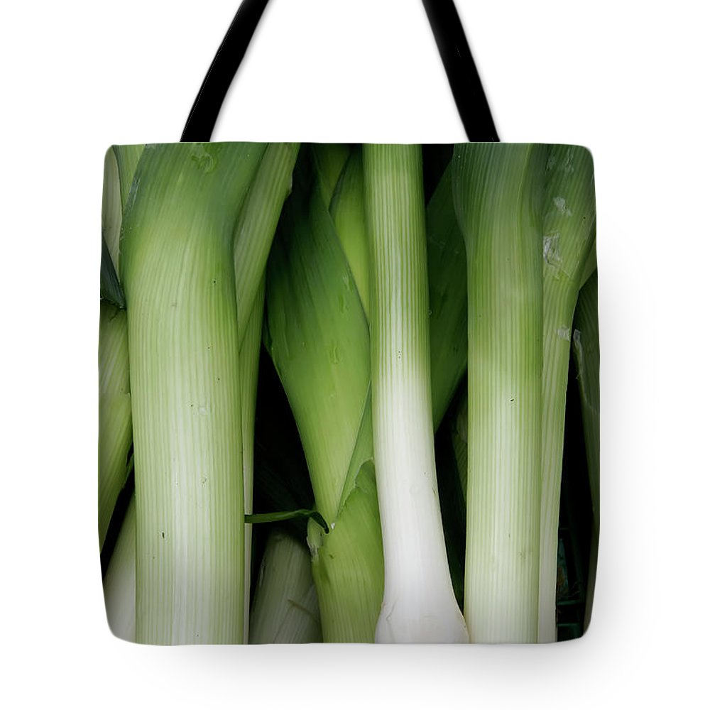 Shallots Tote Bag featuring the photograph Green Onion Market Bergen by KG Thienemann
