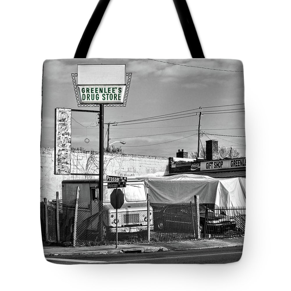 Knoxville Tote Bag featuring the photograph Greenlees Drug Store by Sharon Popek