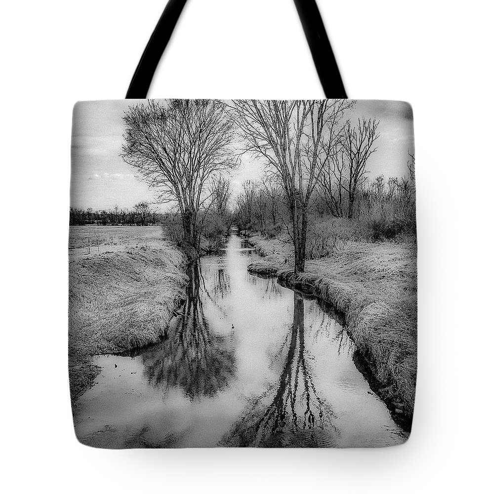 Tote Bag featuring the photograph Grey Divide by Kendall McKernon