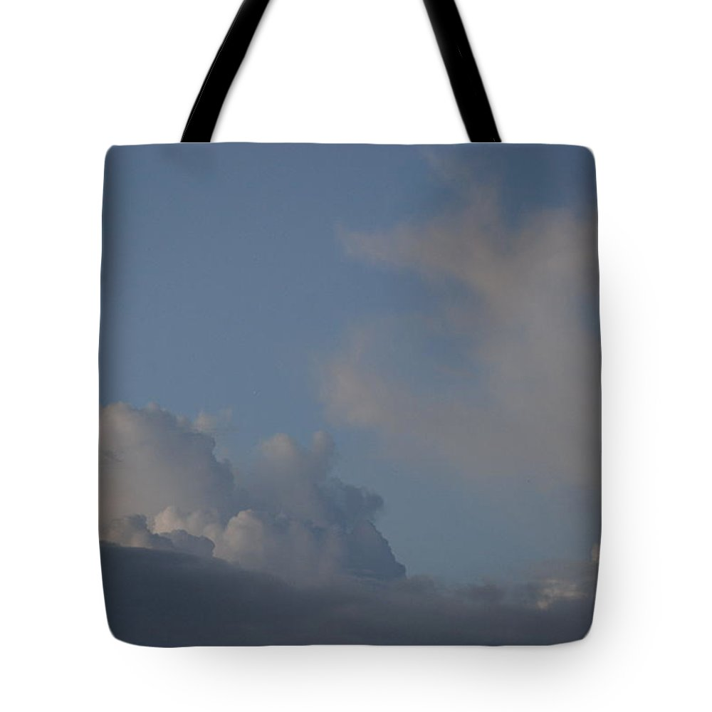 Clouds Tote Bag featuring the photograph Greyskys by Rob Hans