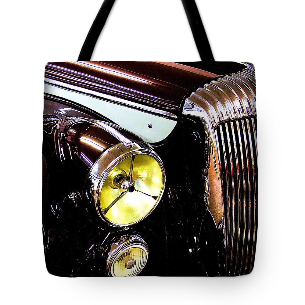 Car Tote Bag featuring the photograph Grilled by David Patterson