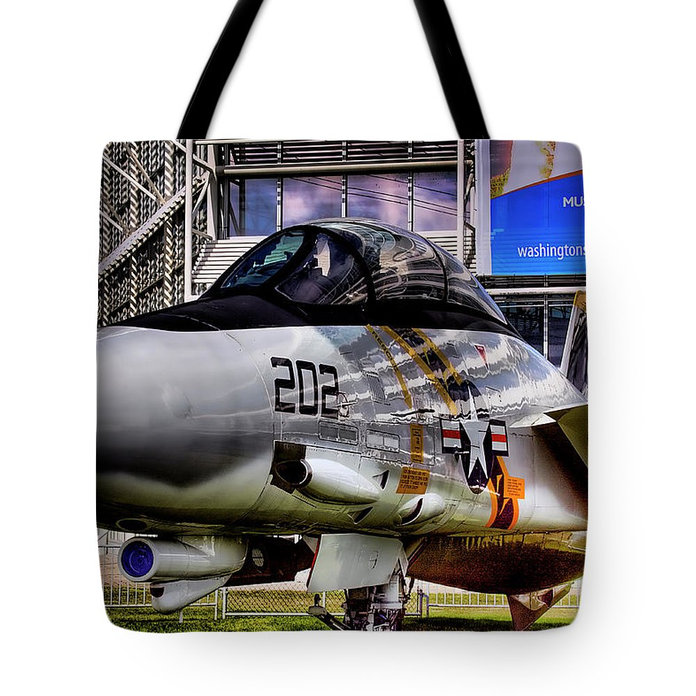 Jet Tote Bag featuring the photograph Grumman F-14a Tomcat by David Patterson