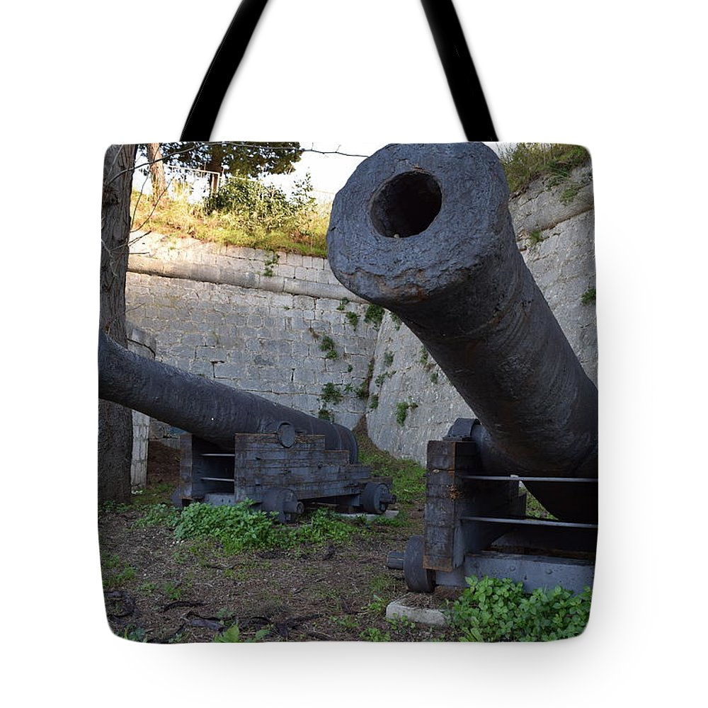 Gripe Tote Bag featuring the photograph guns on Gripe by Toni Susnjar