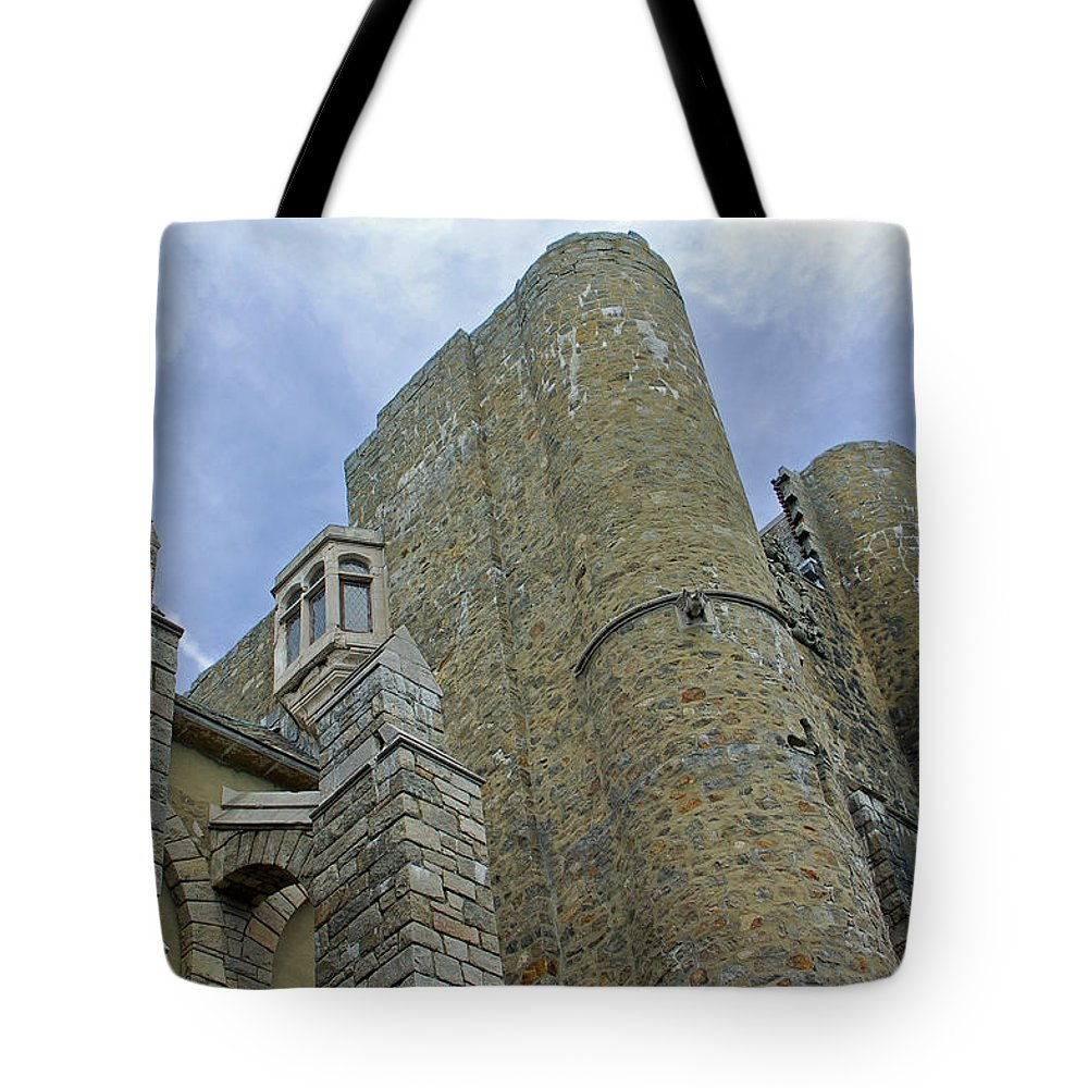 Hammond Castle Tote Bag featuring the photograph Hammond Castle Detail - Gloucester Ma by Suzanne Gaff