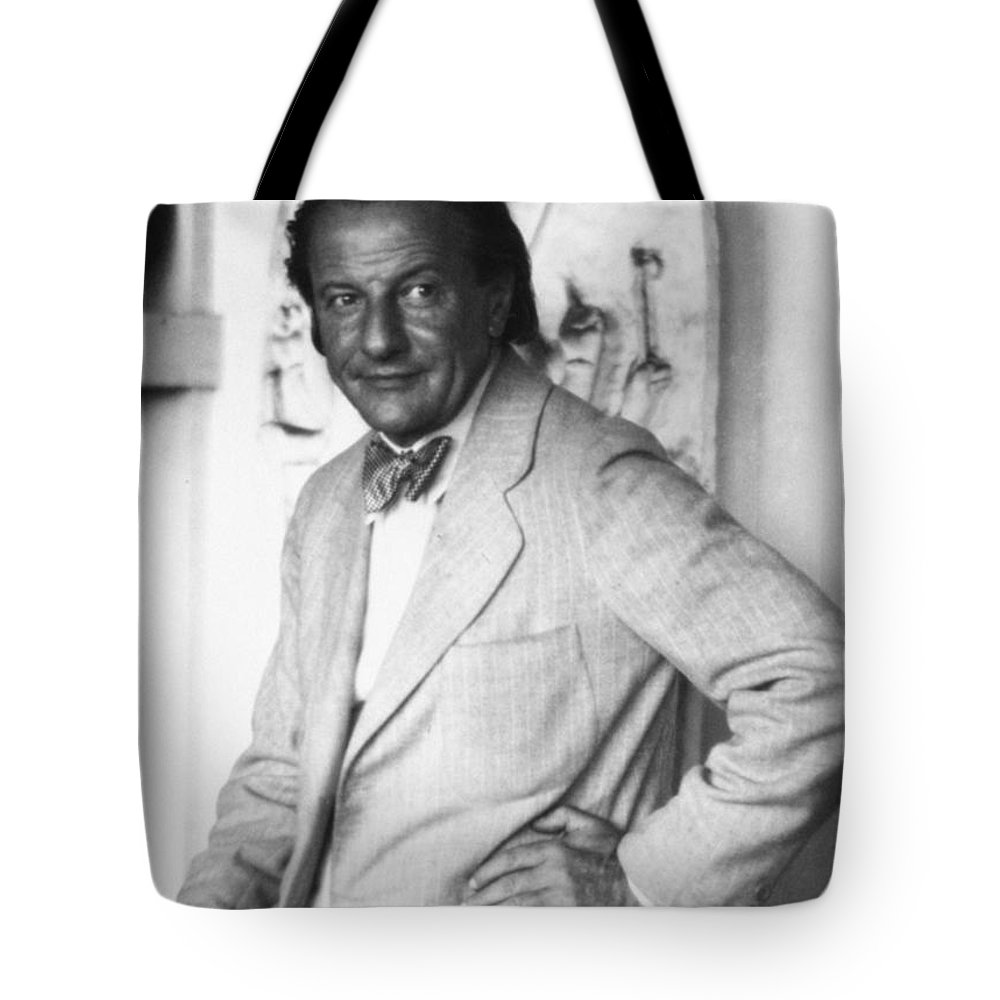 20th Century Tote Bag featuring the photograph Hans Hofmann (1880-1966) by Granger