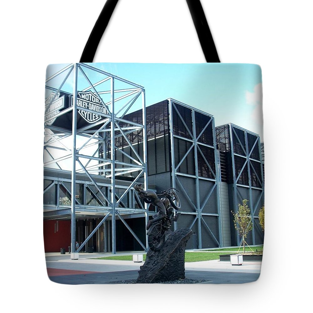 Architechture Tote Bag featuring the photograph Harley Museum And Statue by Anita Burgermeister