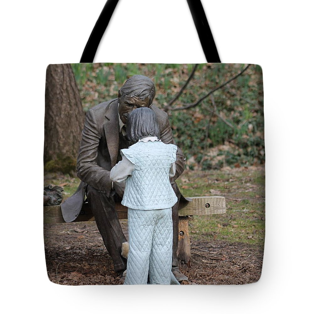 Statues Tote Bag featuring the photograph Having A Conversation #2 by G Berry