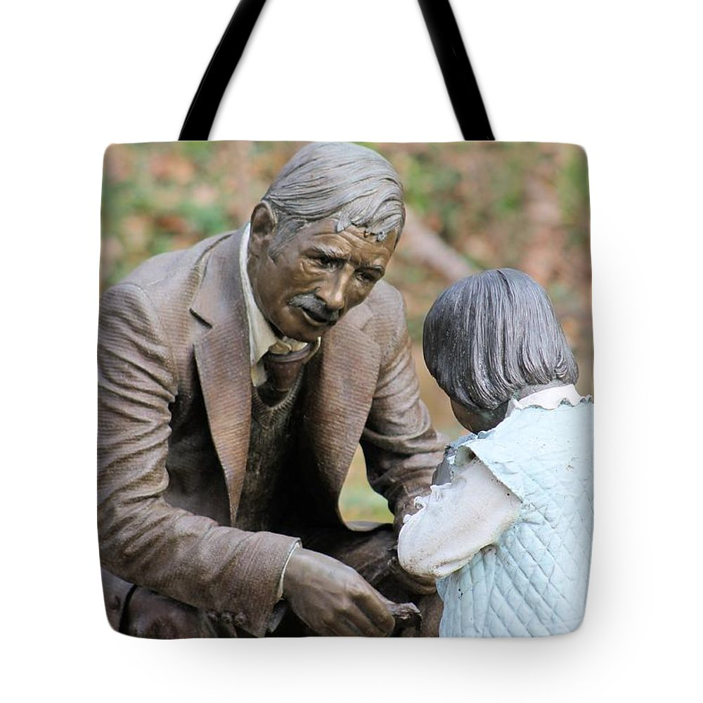 Statues Tote Bag featuring the photograph Having A Conversation by G Berry