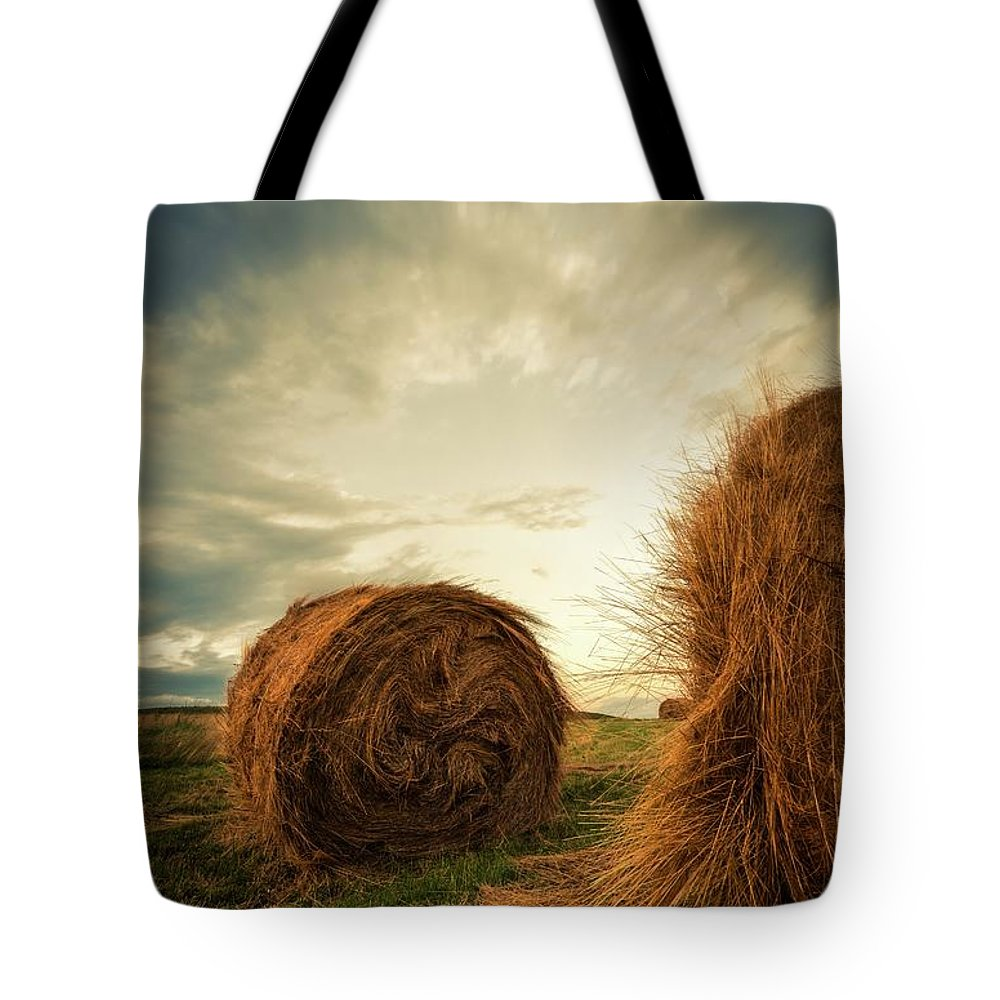 Hay Bales Farm Field Sky Clouds Sunset Detail Tote Bag featuring the photograph Hay Bales On Farm Field by Otto Gal