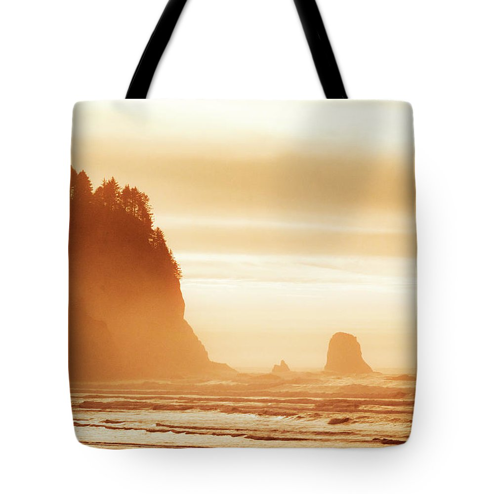 Landscapes Tote Bag featuring the photograph Hazy Beach by Luis Orozco