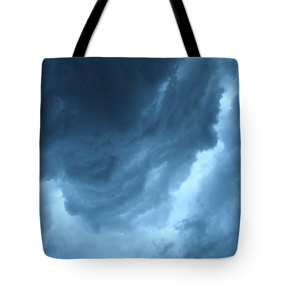 Storm Tote Bag featuring the photograph Head For Cover by Angie Rea