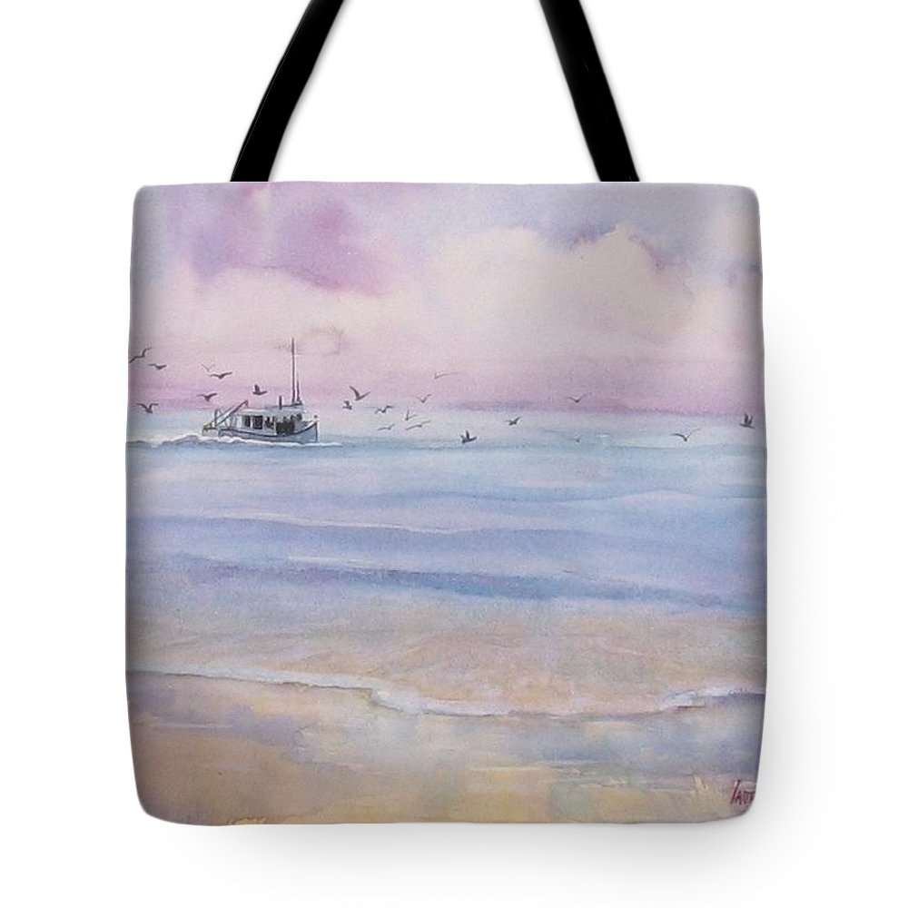 Seascape Tote Bag featuring the painting Heading Home by Laura Lee Zanghetti