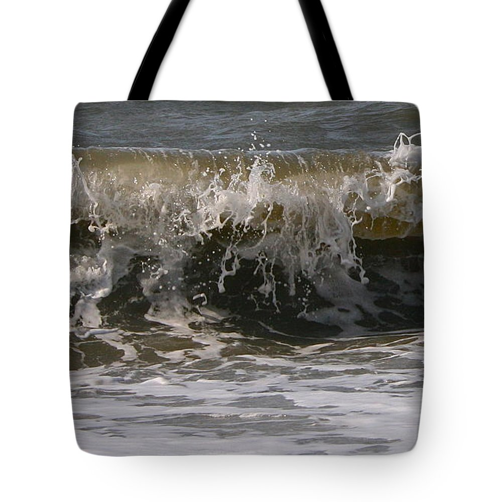 Wave Tote Bag featuring the photograph Heading In by Rick Monyahan