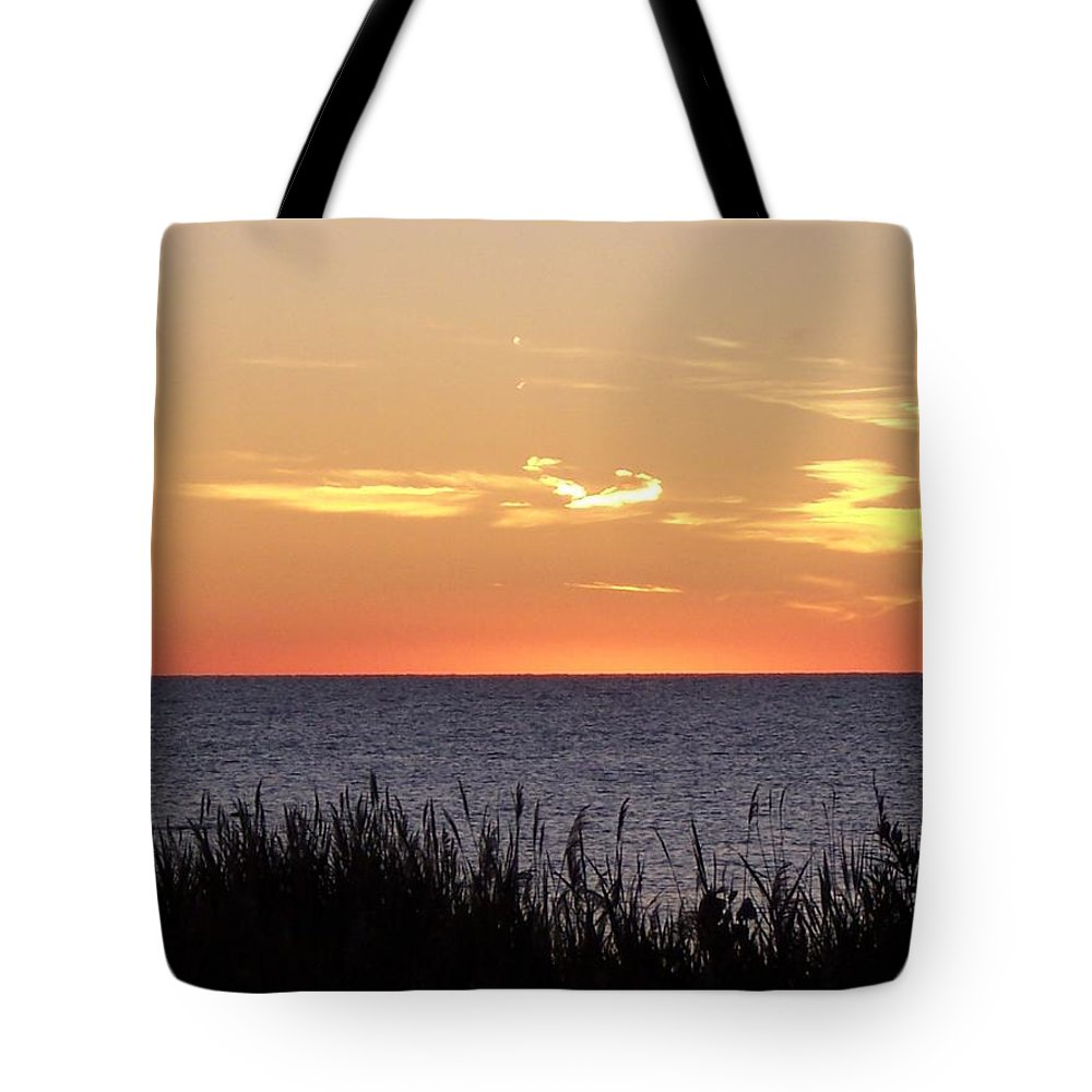 Sunset Tote Bag featuring the photograph Heart Sunset by Michelle Miron-Rebbe