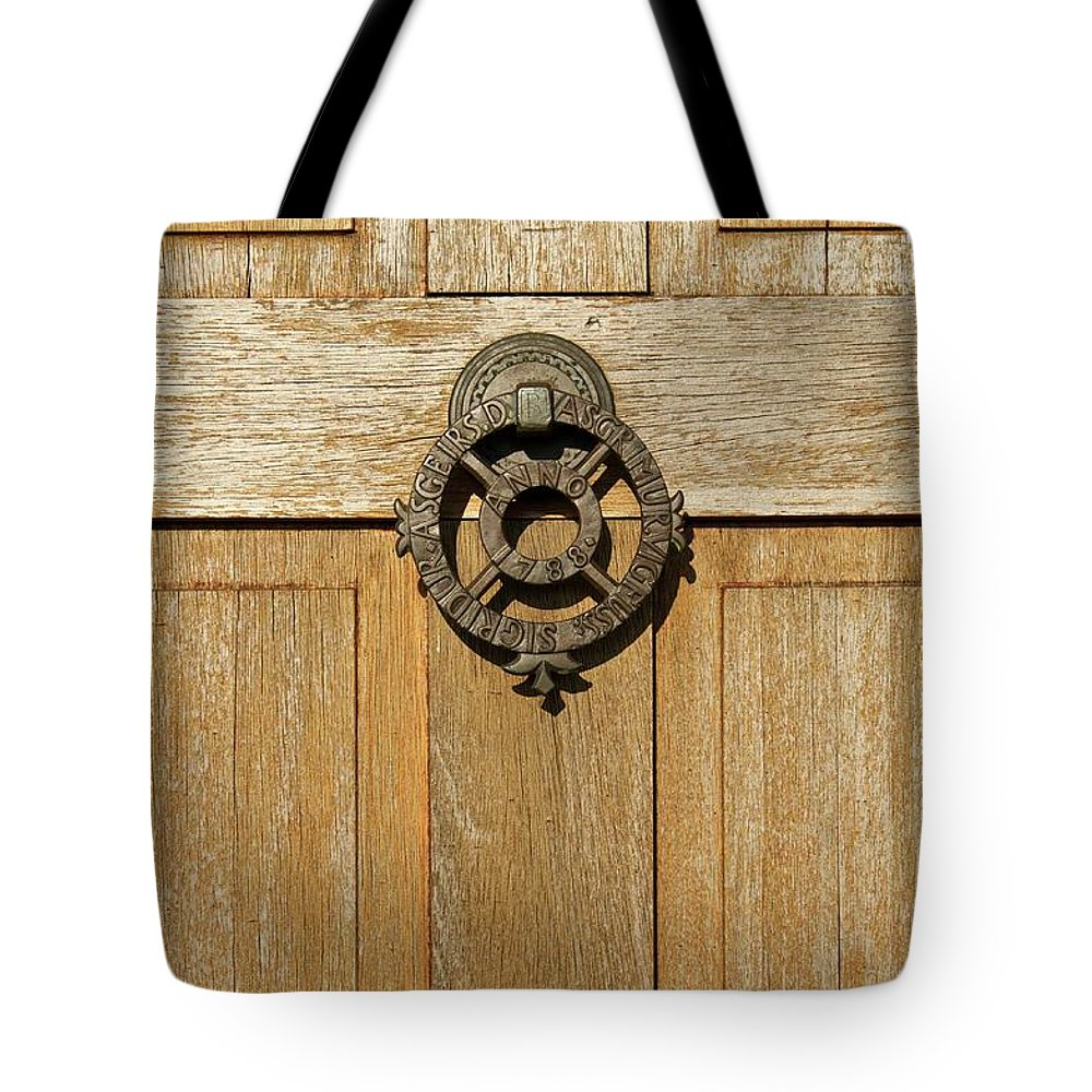 Church Tote Bag featuring the photograph Hellnakirkja by Porter Glendinning