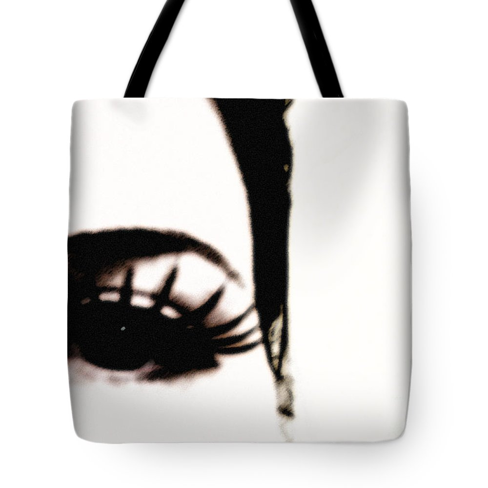 Eye Tote Bag featuring the photograph Hello by Amanda Barcon