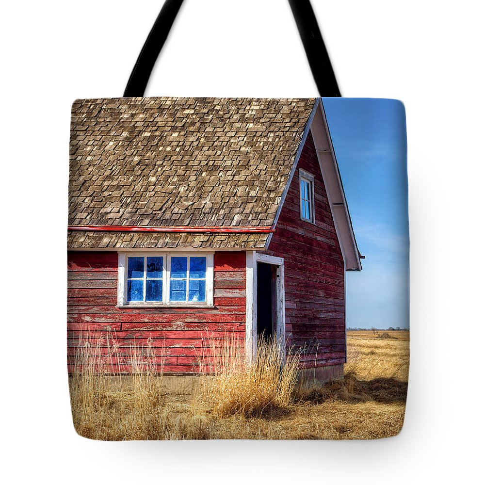 Chicken Coop Tote Bag featuring the photograph Hen House -1 by Nikolyn McDonald