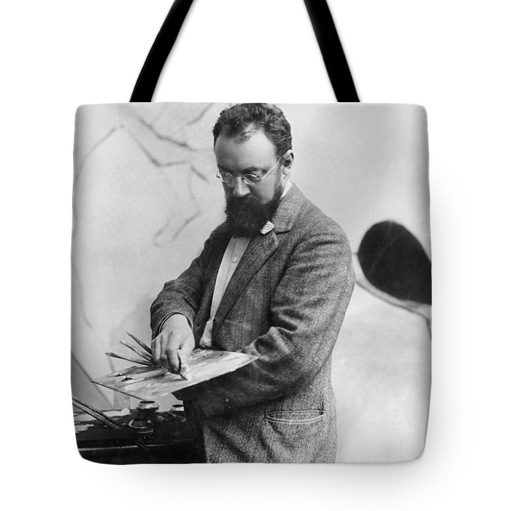 19th Century Tote Bag featuring the photograph Henri Matisse (1869-1954) by Granger