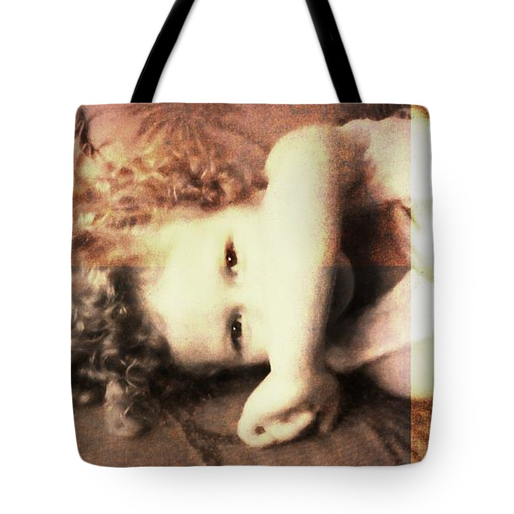 Girl Tote Bag featuring the photograph Her Eyes by Alice Gipson