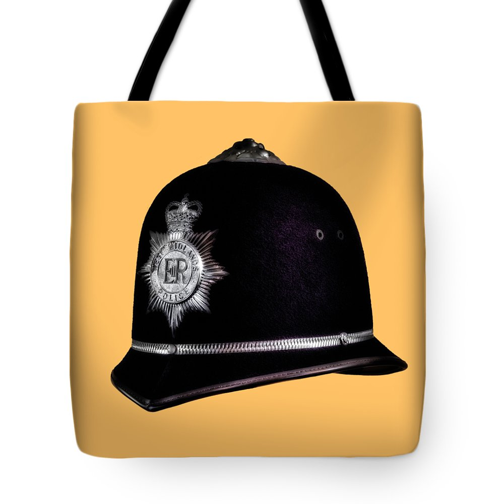 Her Majesty's Pride Tote Bag featuring the photograph Her Majestys Pride_transparent by Hans Zimmer