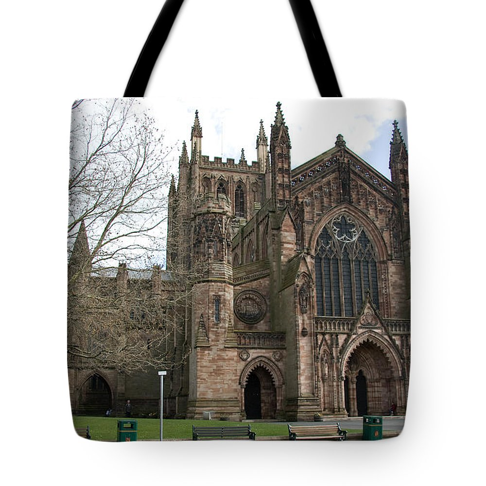 Cathedral Tote Bag featuring the photograph Hereford Cathedral England by Bob Kemp