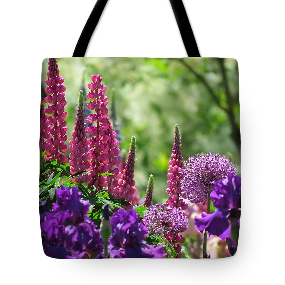 Flowers Tote Bag featuring the photograph Hidden Garden by Dawn Wendell