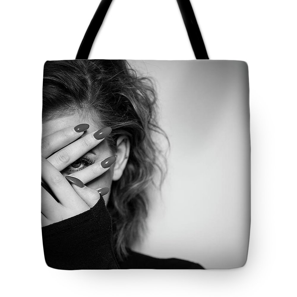 Women Tote Bag featuring the photograph Hiding by Samuel Whitton