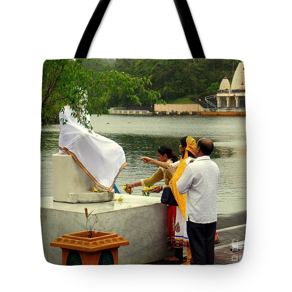 Religion Tote Bag featuring the photograph Hindu Offering by John Potts