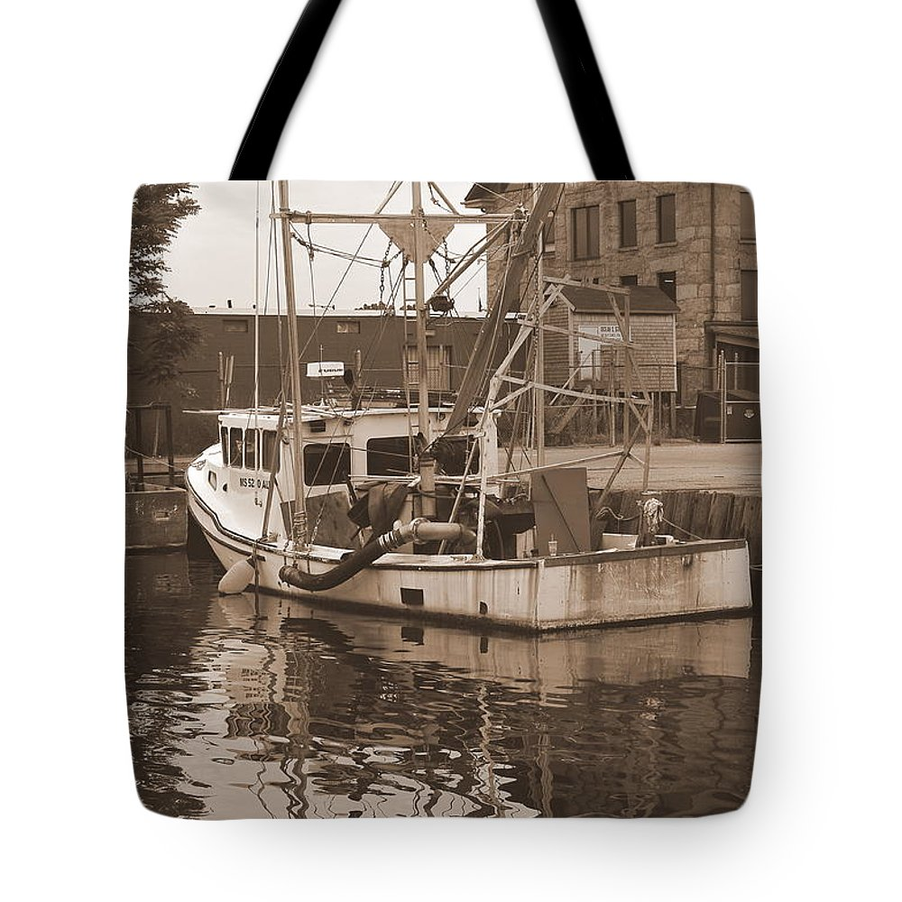 New Bedford Tote Bag featuring the photograph Historical Waterfront by Catherine Reusch Daley