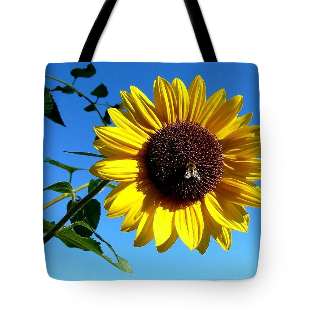 Honeybee Tote Bag featuring the photograph Honeybee On A Sunflower by Will Borden